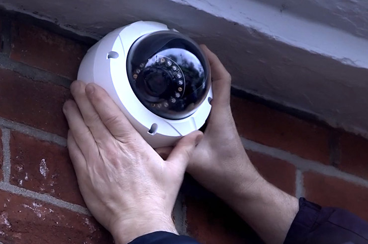 Bespoke CCTV system to suit your needs - CCTV installation in Reading, Berkshire, UK